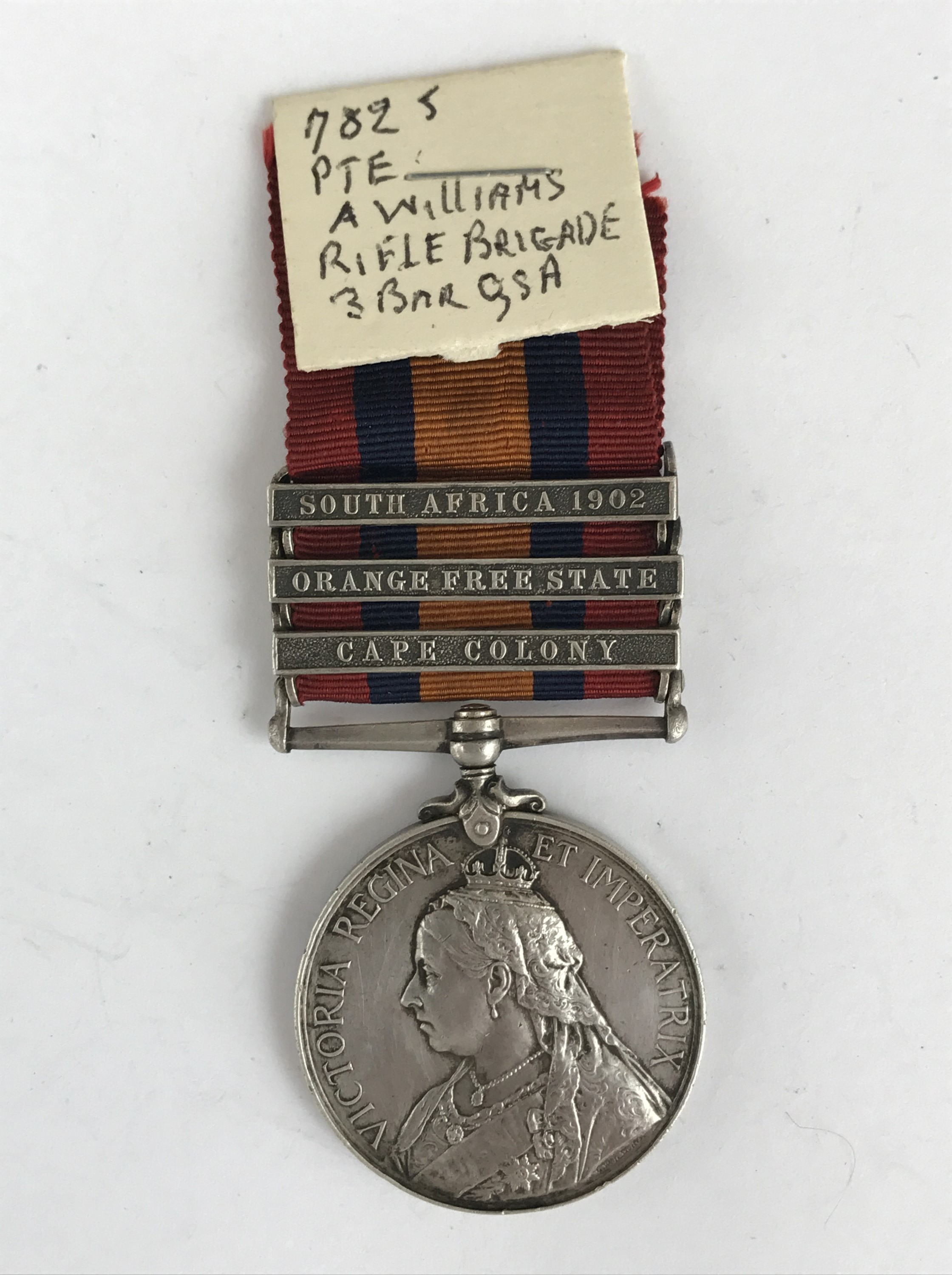 Lot 30 - A Queen's South Africa medal to 7825 Pte A Williams, Rifle Brigade
