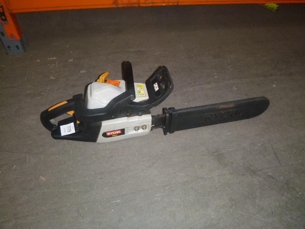 Lot 610 - Ryobi 40cc Chainsaw