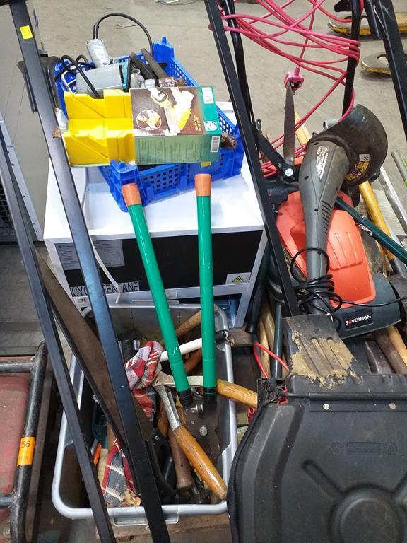 Lot 181 - Paddy Hopkirk Roof Rack, Gardening Hand Tools, a Russel Hobbs Fridge etc.