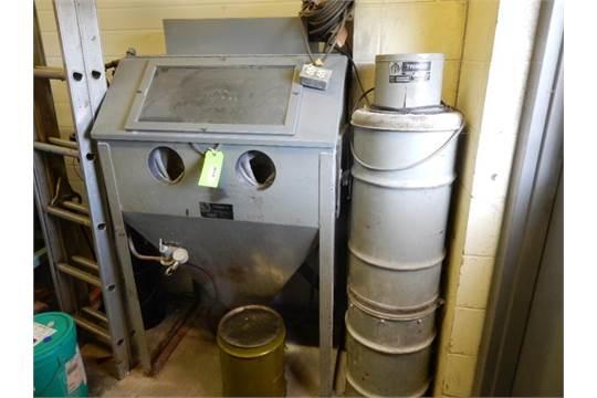 Trinco Model 36BP Dry Blast Cabinet, 36
