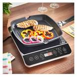 (HZ39) Digital Induction Hob Portable and powerful 2000W induction hob - great for small kitch...