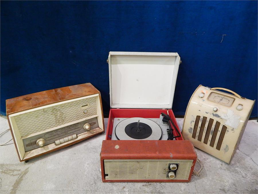Lot 54 - Ever Ready type 848748 valve? radio, Portable record Player, Orion Radio, all in poor condition