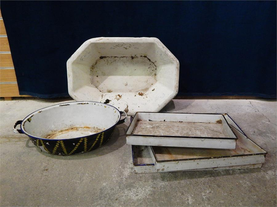 Lot 59 - A selection of white enamel trays