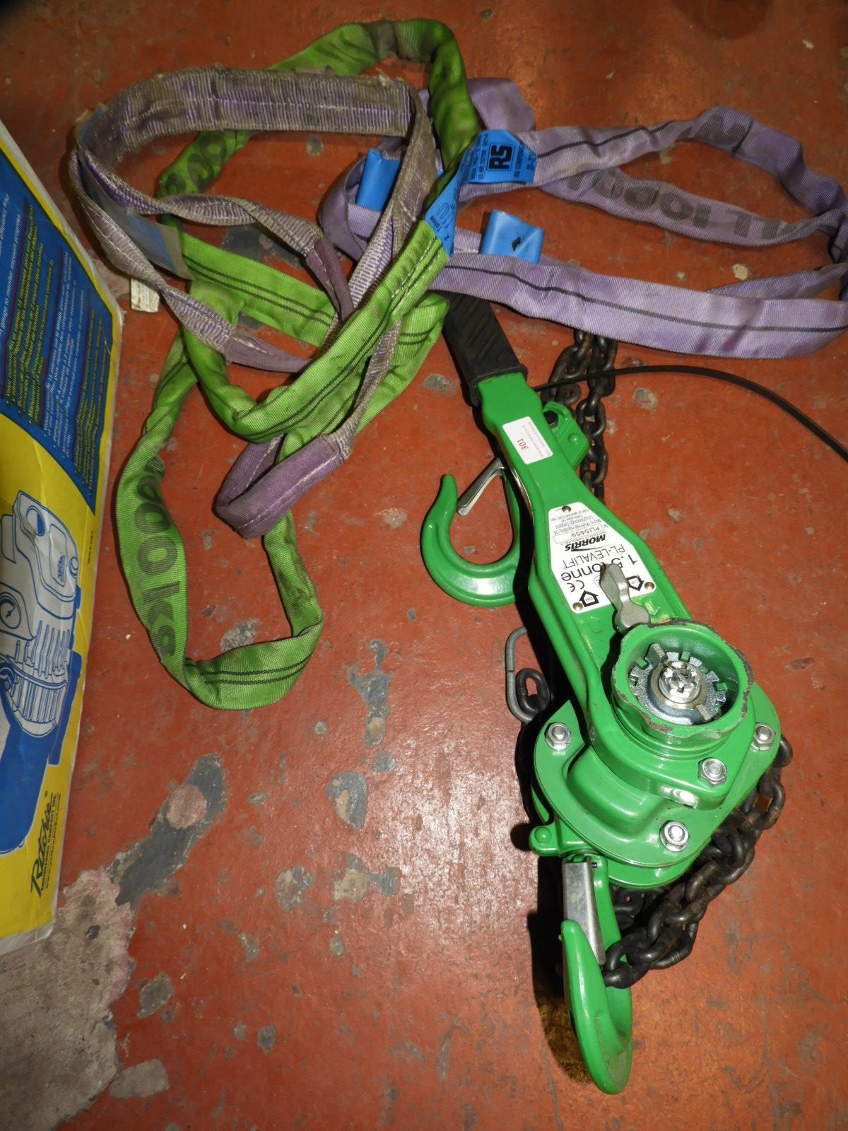 Lot 301 - *Morris 1.5 Tonne Chain Block and Lifting Slings