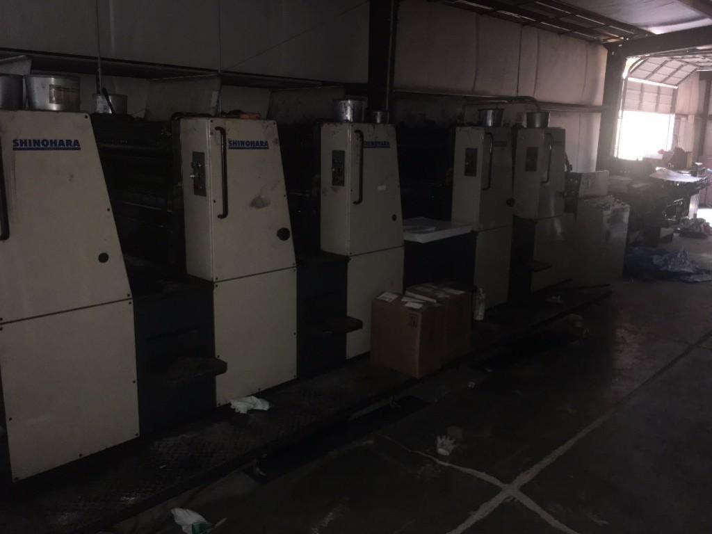 Lot 7 - 1994 SHINOHARA 66VP 19 INCH BY 16 INCH 5 COLOR SHEET FED OFFSET PRINTING PRESS W/PERFECTOR