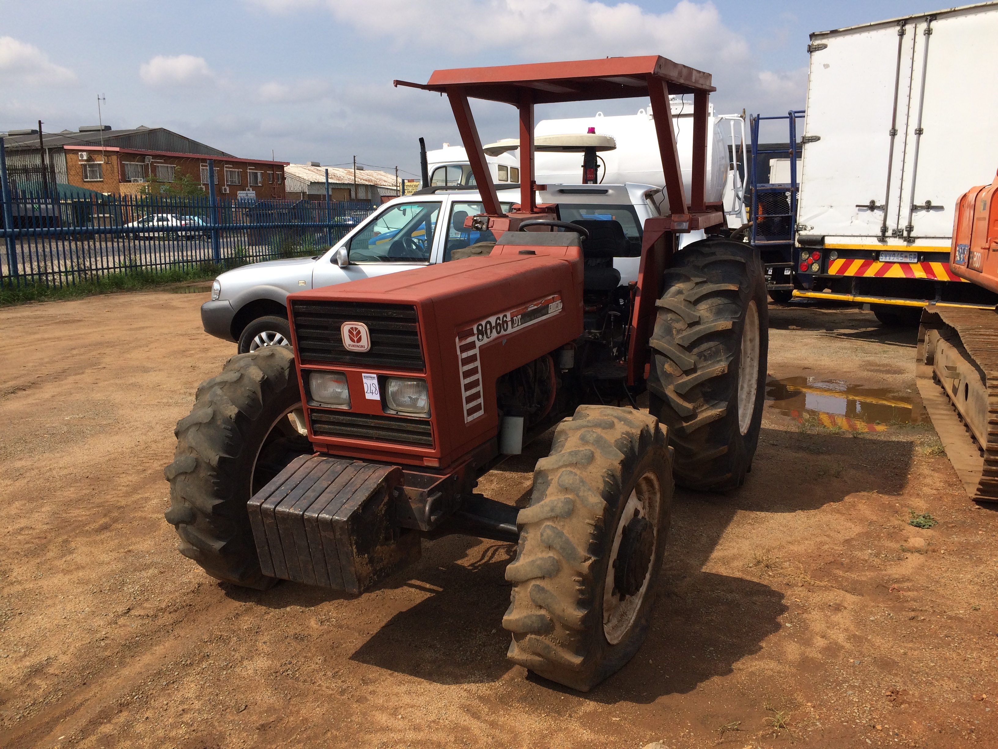size in hesston tractor octobe window with new item sold full fiat cab auction