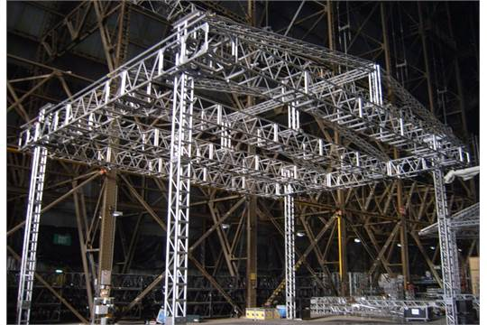 Bug Jam' 13m x 9 5m Outdoor Stage Structure comprising: Thomas PRT 4