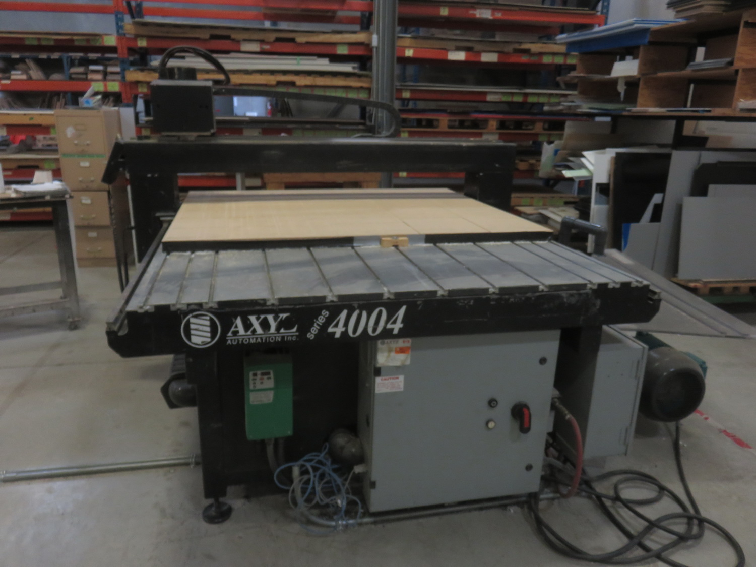 """AXYZ MODEL 4004 CNC ROUTER W/ 2004 BECKER VTLF 250 SK VACUUM PUMP, ES915 ROUTER & 72"""" X 60"""" TABLE - Image 3 of 8"""