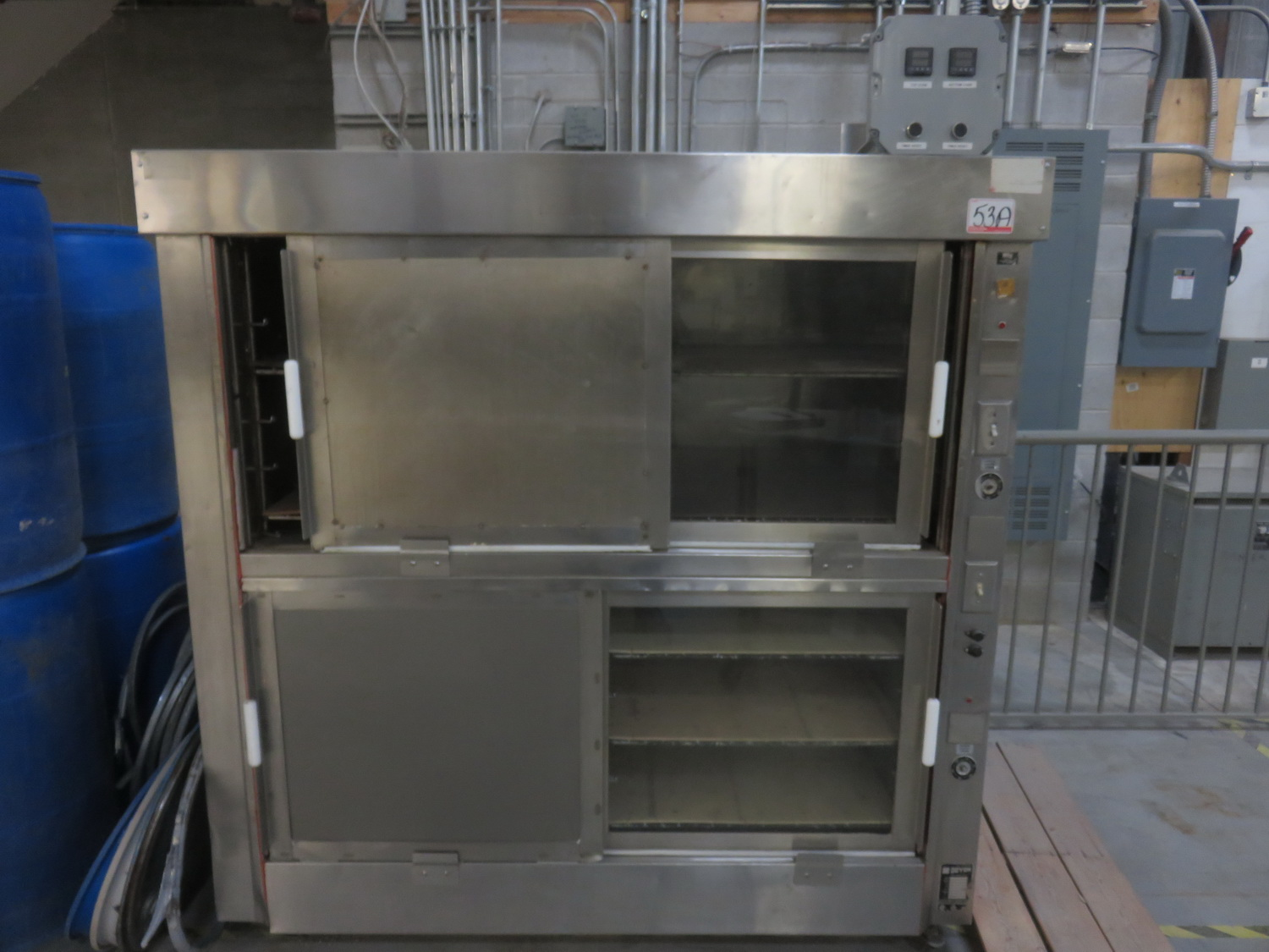 CANADIAN FOOD EQUIPMENT STAINLESS STEEL STACKED ELECTRIC OVENS