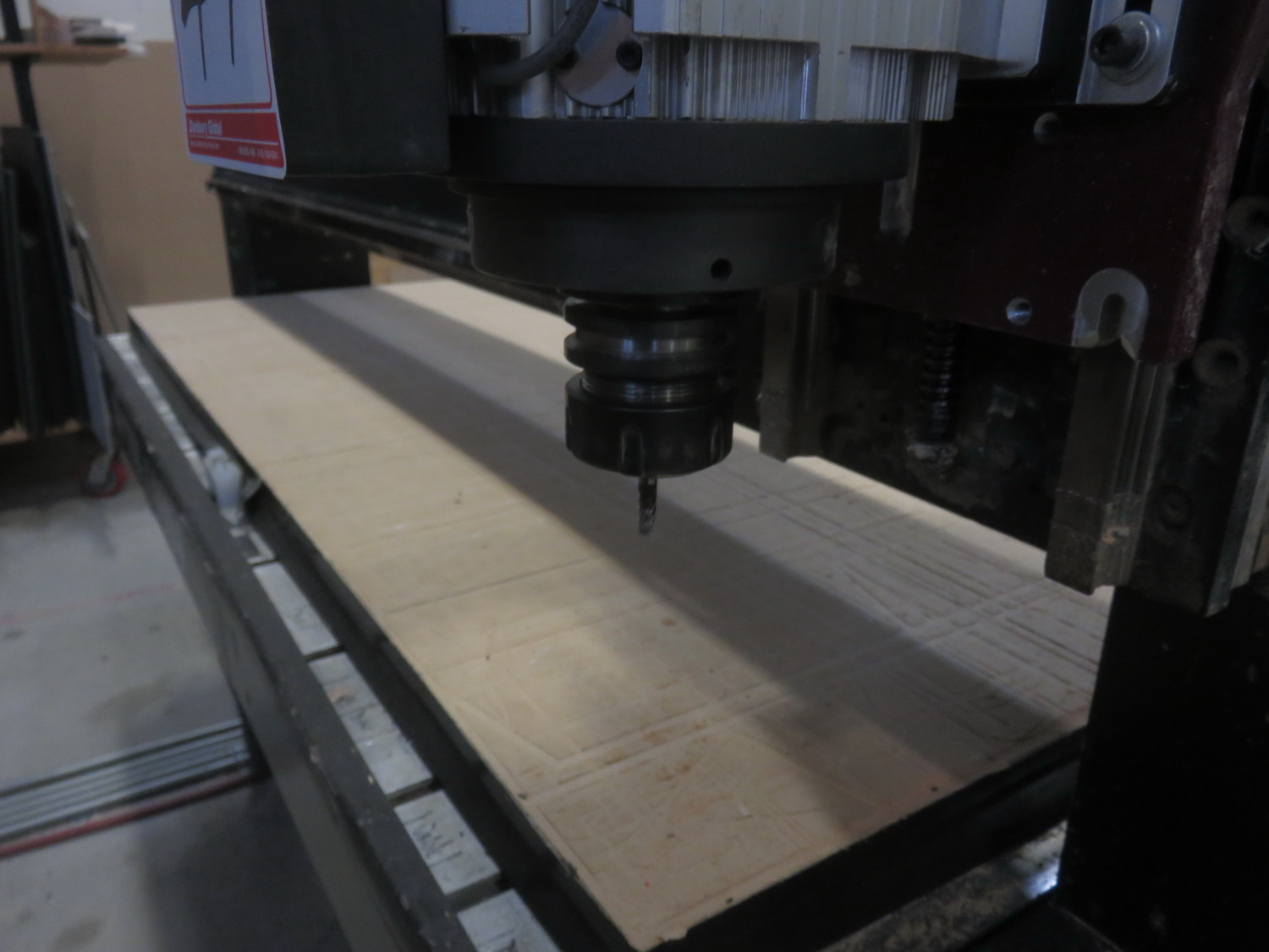 """AXYZ MODEL 4004 CNC ROUTER W/ 2004 BECKER VTLF 250 SK VACUUM PUMP, ES915 ROUTER & 72"""" X 60"""" TABLE - Image 5 of 8"""