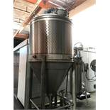 Jacketed Mixing Tank 450 Gallons Aprox