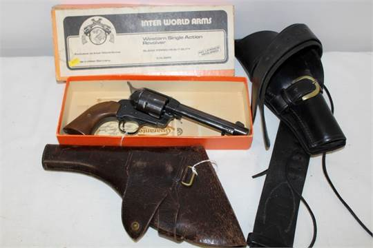 German Inter World Arms Colt-style 'Western' single action  22