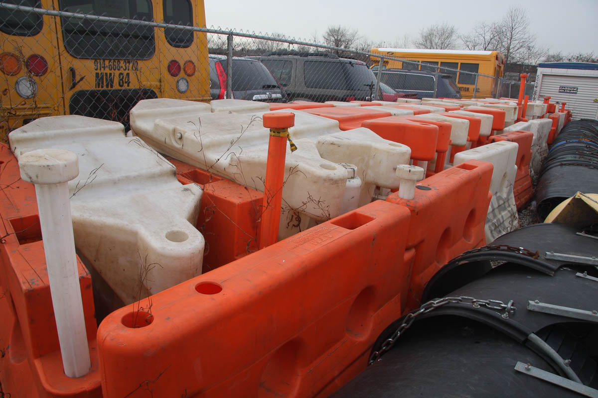 ASSORTED PLASTIC BARRIERS, APPROXIMATELY [140] [LOCATED @ 6 CANAL ROAD, PELHAM, NY (BRONX)] - Image 7 of 7