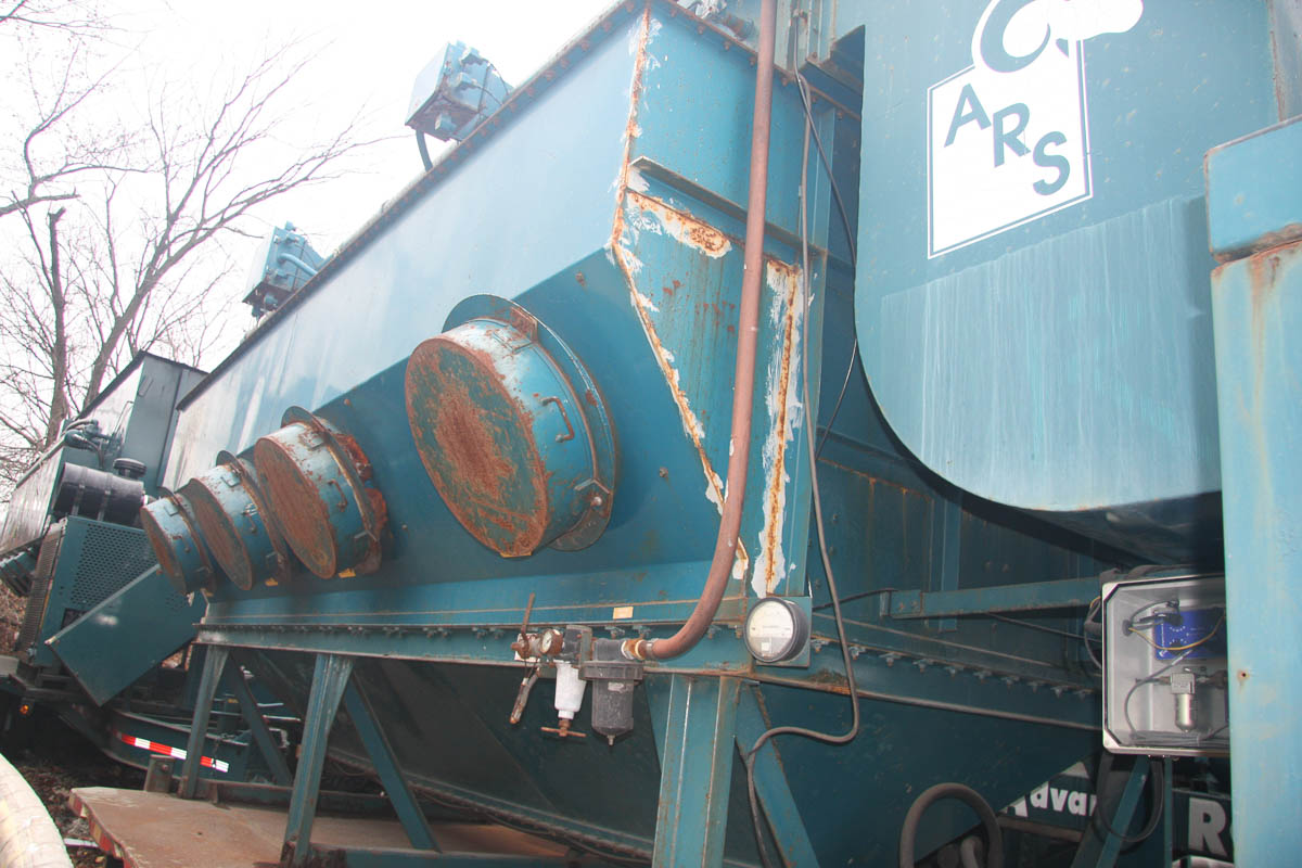 2001 ADVANCED RECYCLING SYSTEMS MDL. DC-40 DUST COLLECTION SYSTEM, ON TRAILER DECK, S/N: - Image 3 of 13