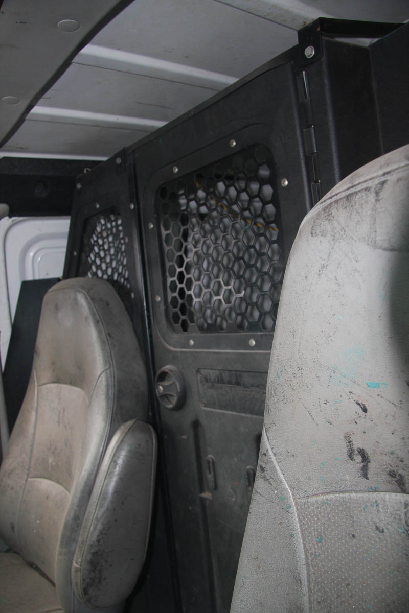 2006 FORD E-150 PANEL VAN, AUTOMATIC, APPROXIMATELY 68,506 MILES, VIN: 1FTRE14W4GDA37079 (#51) [ - Image 4 of 7