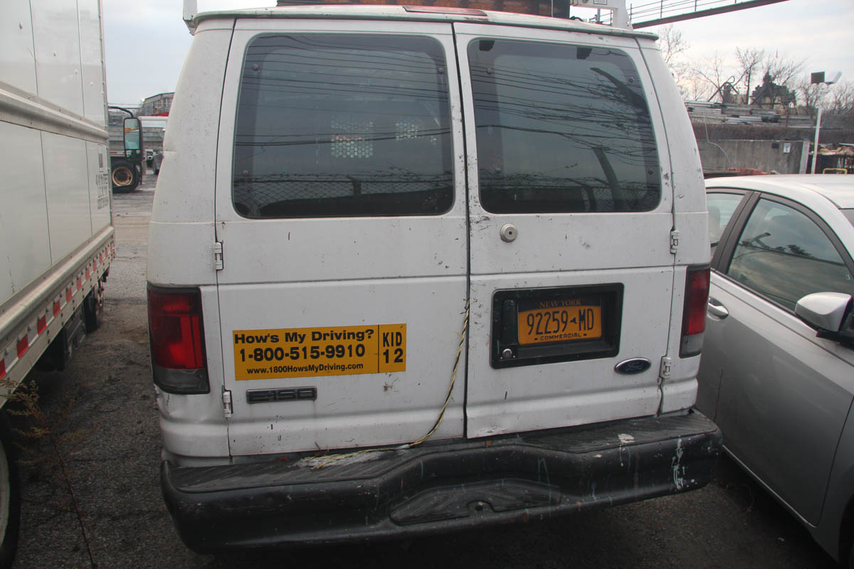 2006 FORD E-150 PANEL VAN, AUTOMATIC, APPROXIMATELY 68,506 MILES, VIN: 1FTRE14W4GDA37079 (#51) [ - Image 6 of 7