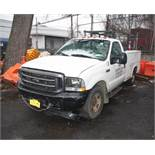 2002 FORD F-350 XL SUPER DUTY UTILITY TRUCK, AUTOMATIC, WITH 68,921 APPROXIMATE MILES, TRITON 5.