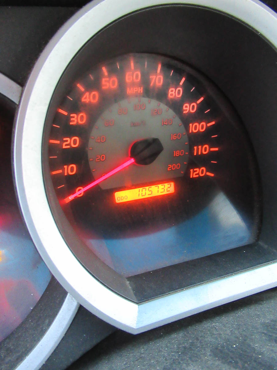2008 TOYOTA TACOMA PICKUP TRUCK, AUTOMATIC, WITH APPROXIMATELY 105,732 MILES, VIN: 5TENX22N382504186 - Image 4 of 12