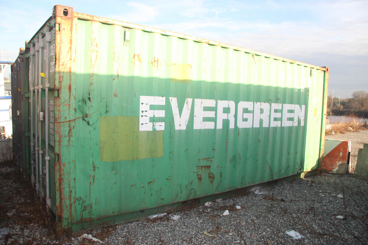 20' SHIPPING CONTAINER (EVERGREEN) [LOCATED @ 6 CANAL ROAD, PELHAM, NY (BRONX)]
