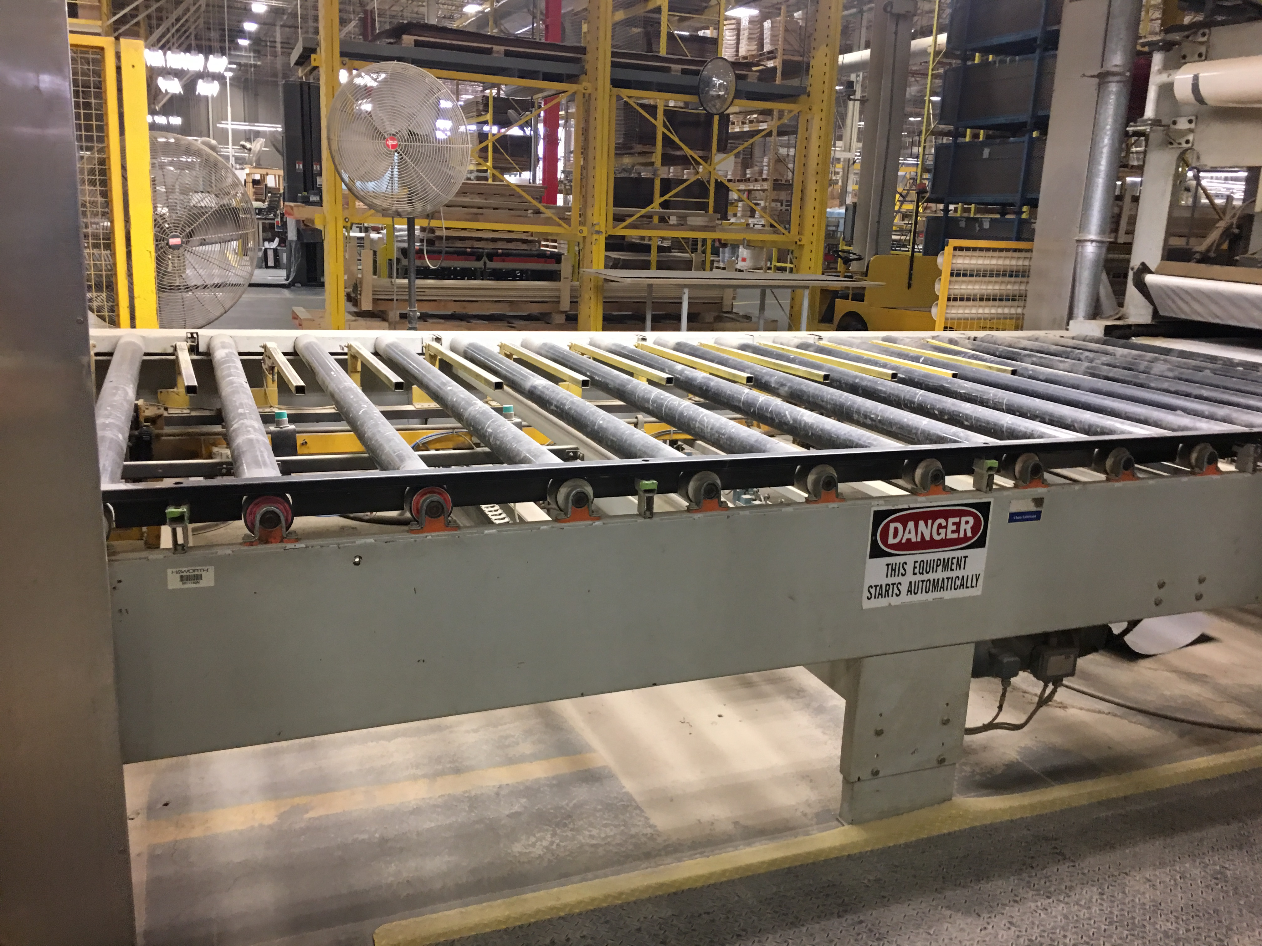 WEMHONER PRESS including infeed conveyor outfeed conveyor - Image 8 of 9