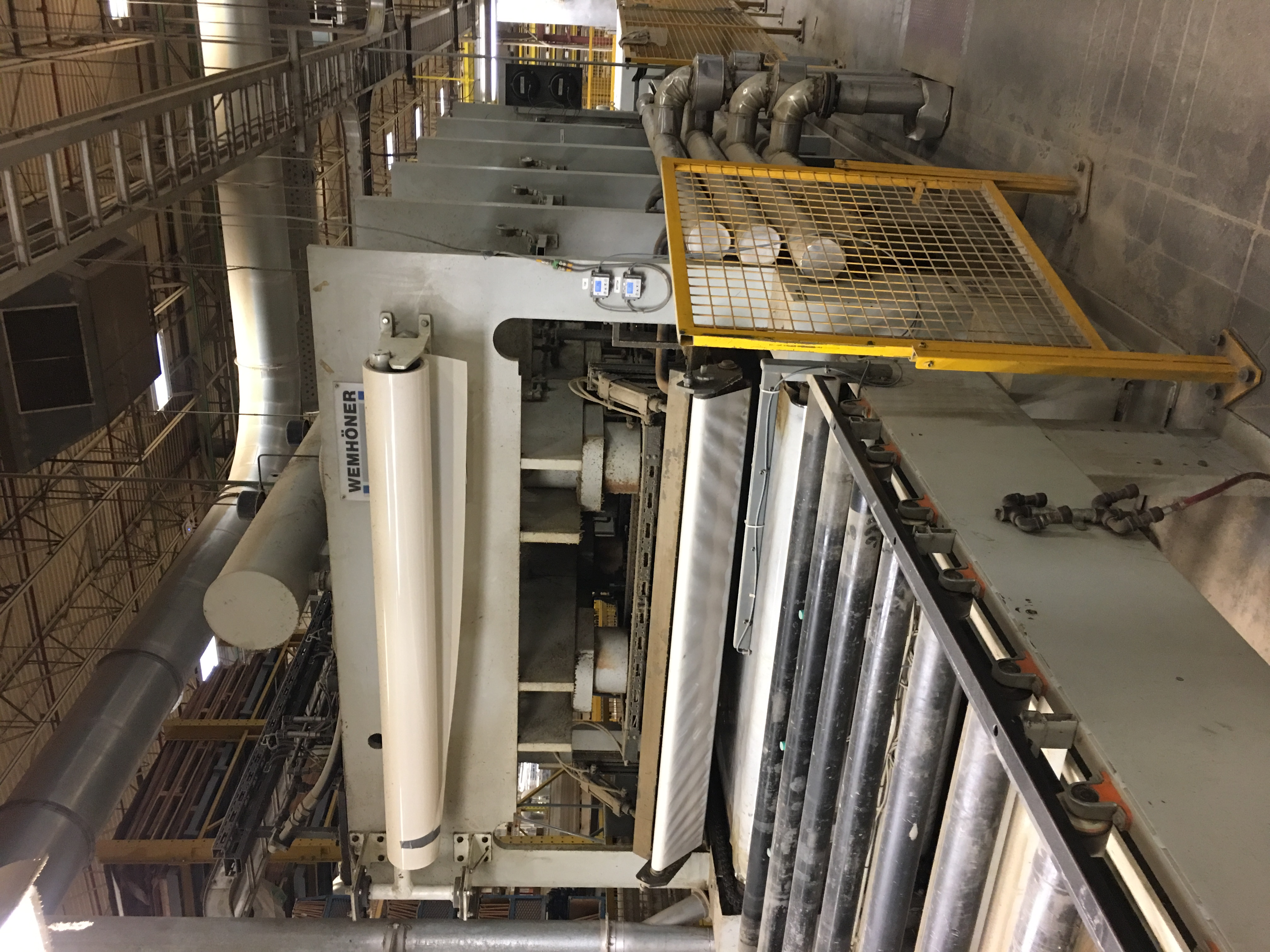 WEMHONER PRESS including infeed conveyor outfeed conveyor - Image 3 of 9