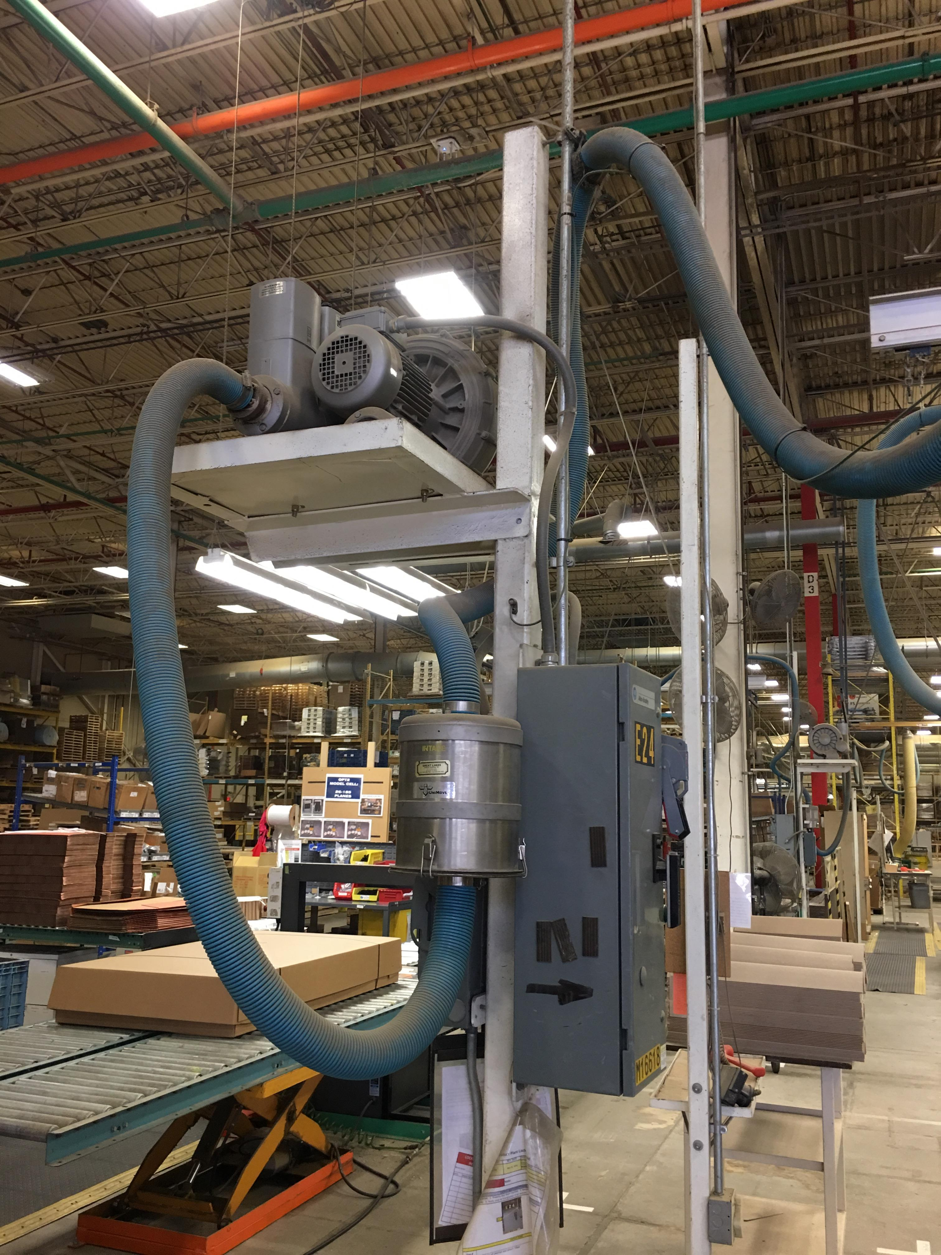Lot 4 - VACUUM LIFTER WITH PUMP AND OVERHEAD GANTRY RAILS