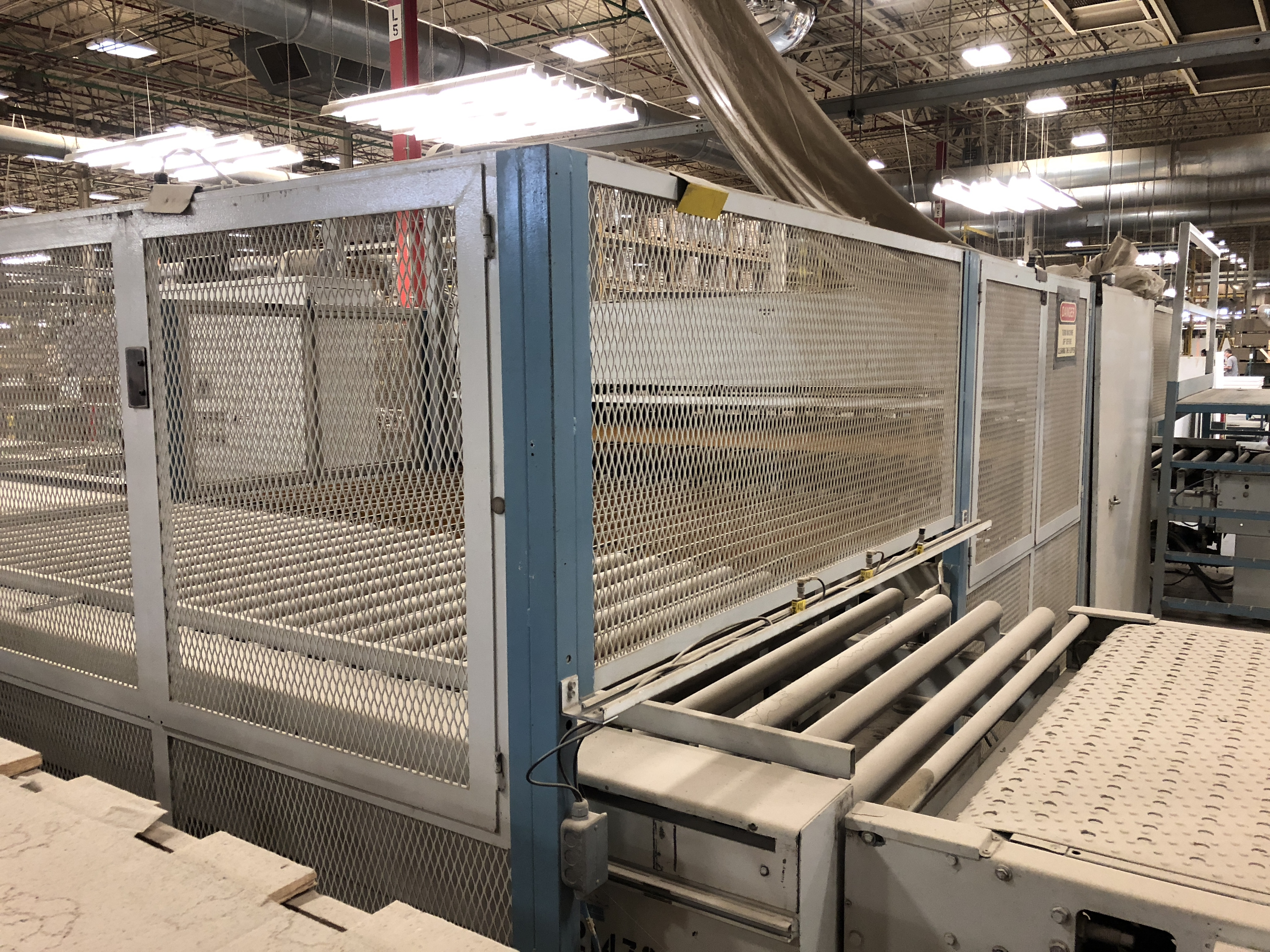 CEFLA PANEL FLIPPER (WITH INFEED AND OUTFEED BELT CONVEYORS) - Image 6 of 11