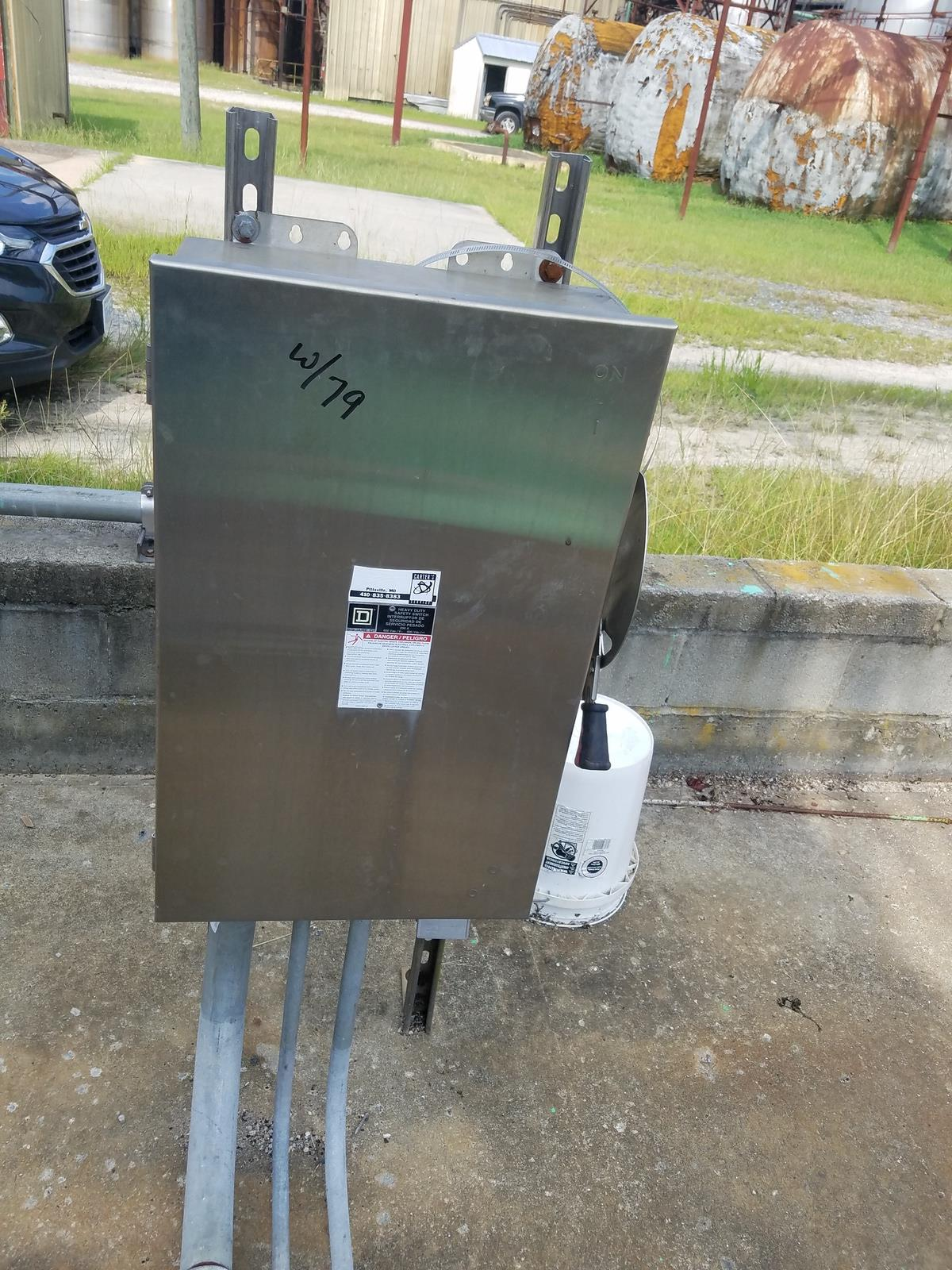 Goulds 6X8-14H Centrifugal Pump, M# 3410, S/N Q204H823, W/ Toshiba 100 HP Electr   Rig Fee: $1000 - Image 4 of 4