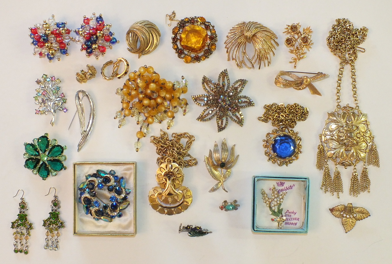 Lot 180 - A quantity of costume jewellery, including items by Trifari, Monet, Sara Coventry, etc.