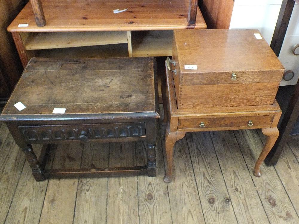Lot 1041 - A workbox,