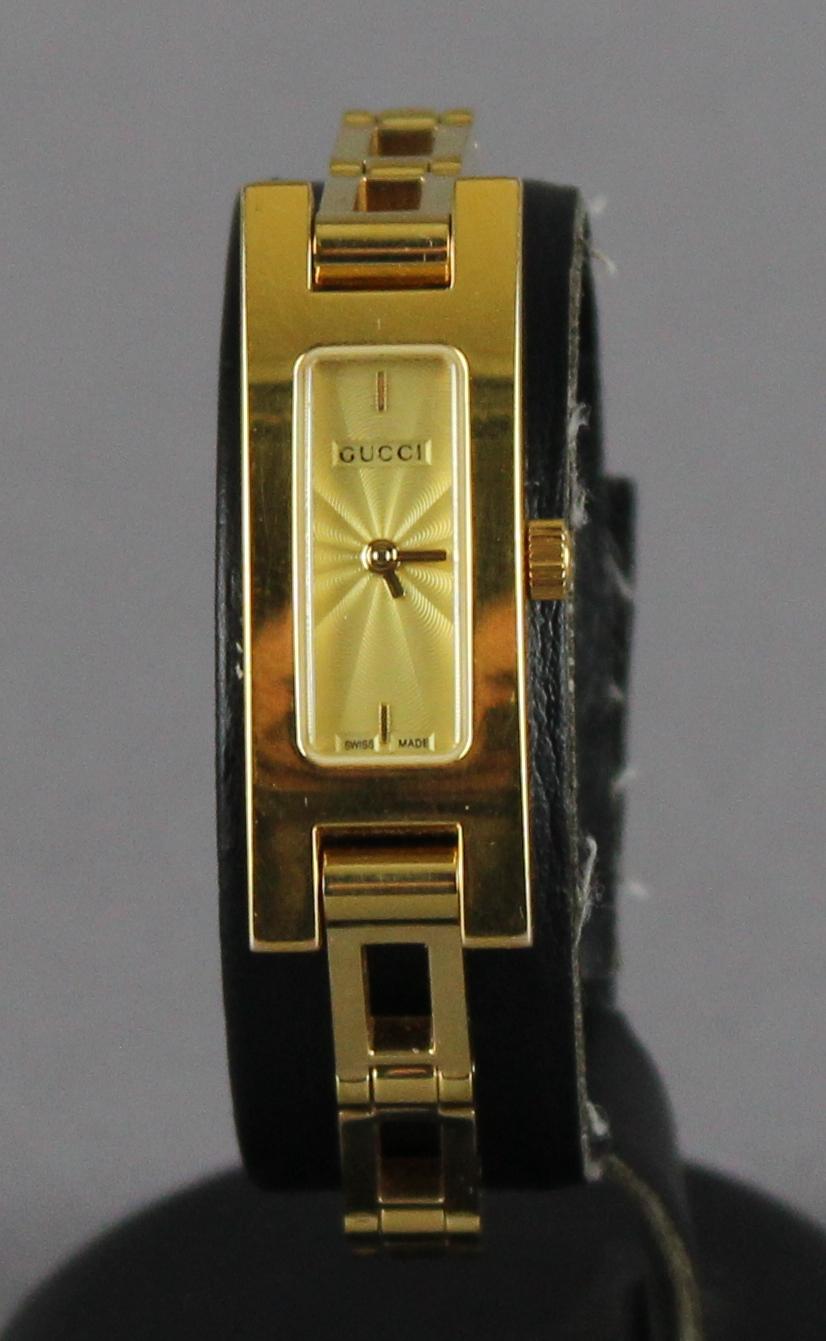 e5a46bb10ad A Gucci ladies gold plated 3900L   39 Sunburst  39  watch