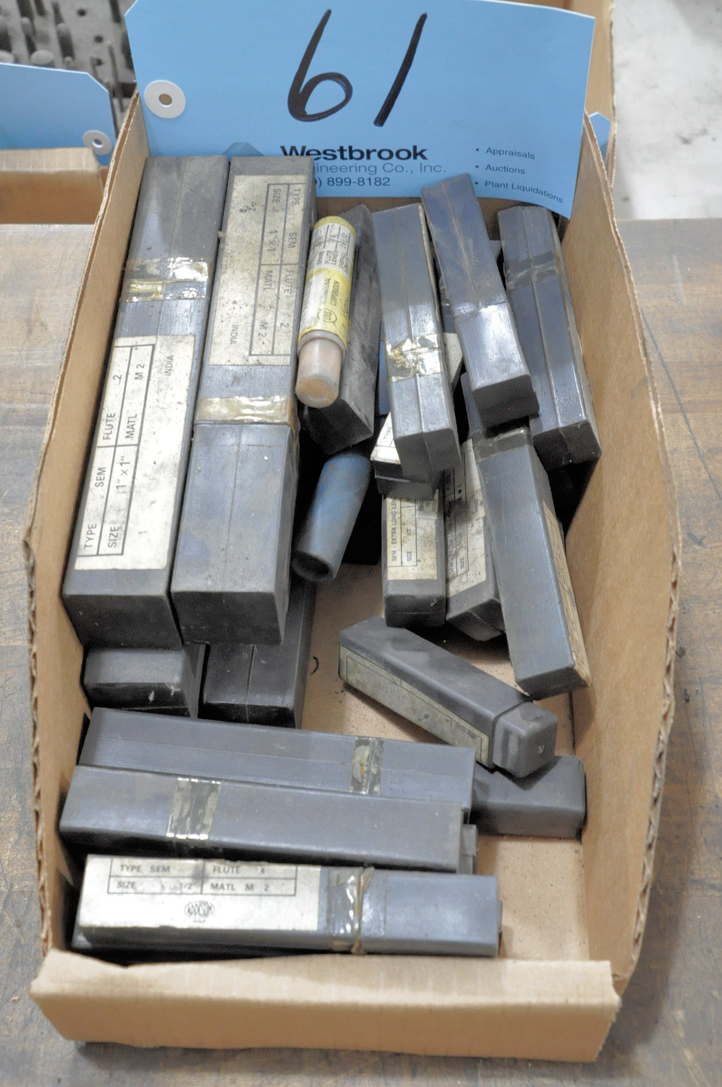 Lot-Packaged End Mills in (1) Box