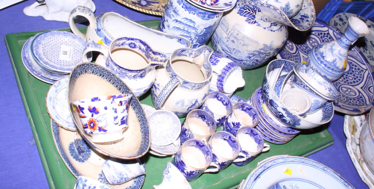 Lot 55 - A collection of assorted 19th century blue transfer decorated wares (damages)