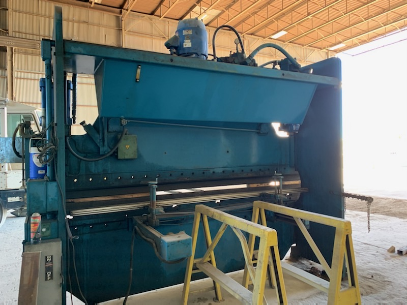 Lot 102 - 135 TON X 10' CINCINNATI HYDRAULIC PRESS BRAKE (FORT WORTH, TX)
