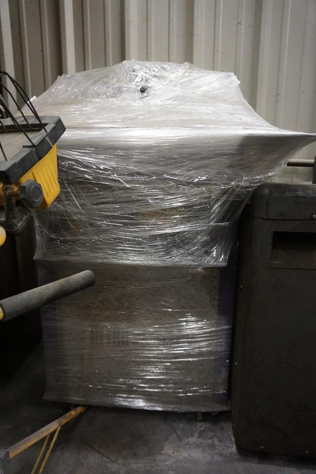 Lot 8 - TAURAS 2000 CNC PLASMA SYSTEM