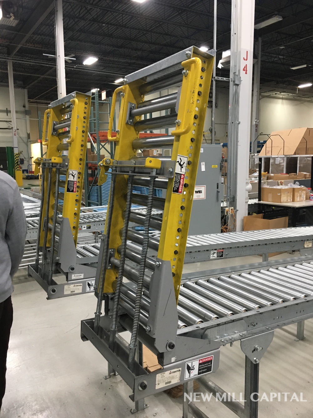 Lot 51 - Spring Assisted Roller Conveyor & Gate, Approx 20ft OA Length, 15in Wide Rol | Rig Fee: $150