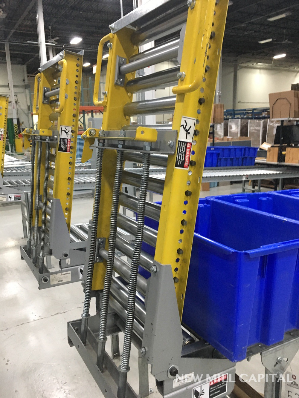 Lot 53 - Spring Assisted Roller Conveyor & Gate, Approx 20ft OA Length, 15in Wide Rol | Rig Fee: $150