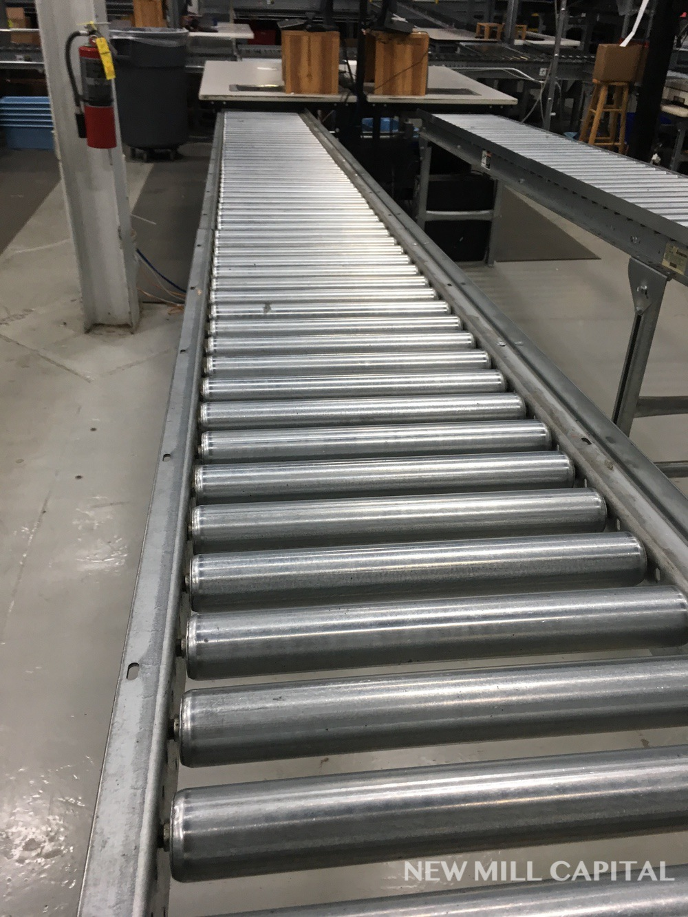 Lot 60 - Spring Assisted Roller Conveyor & Gate, Approx 20ft OA Length, 15in Wide Rol   Rig Fee: $150