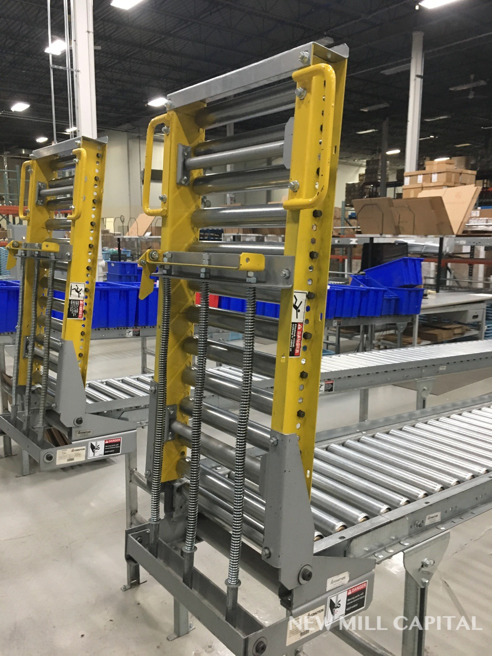 Lot 55 - Spring Assisted Roller Conveyor & Gate, Approx 20ft OA Length, 15in Wide Rol   Rig Fee: $150
