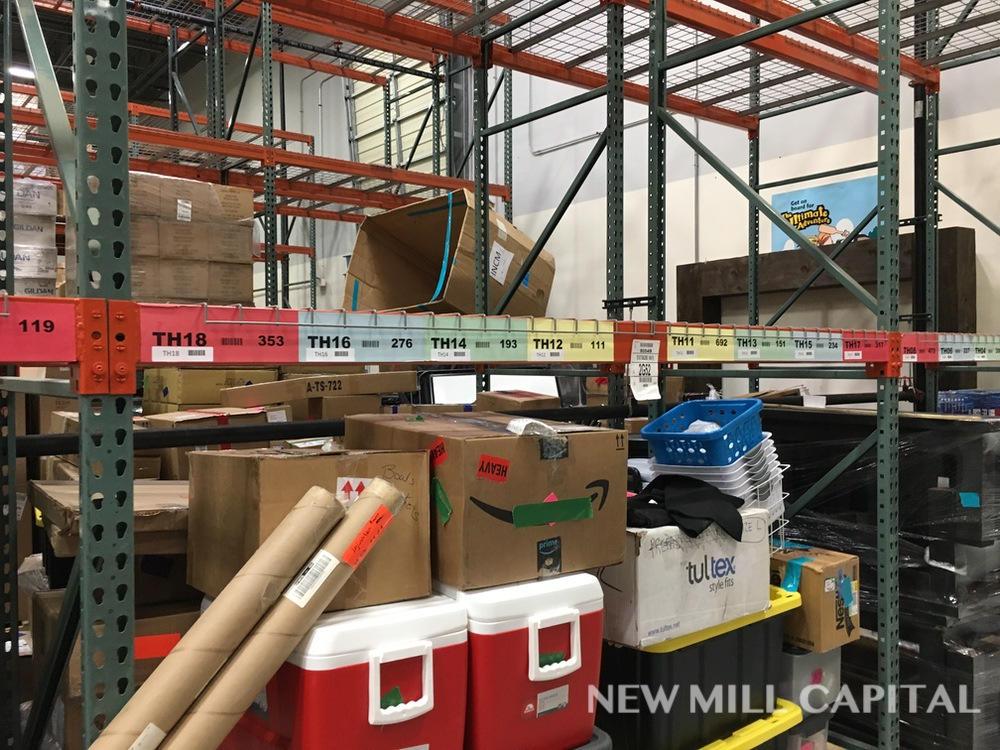 Lot 28 - Interlake Teardrop Pallet Rack, (10) Uprights (3in x 1.625in Columns, 42i | Rig: See Lot Description