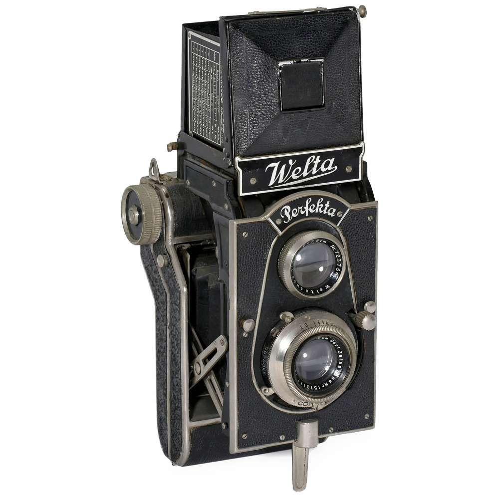 Welta Perfekta, 1934  Welta-Kamera-Werke, Freital. TLR for 6 x 6 cm, Tessar 3,8/7,5 cm in Compur 1–