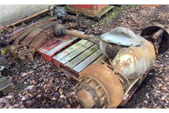 Commercial Front Axle : Vintage heavy leyland commercial front and rear axle