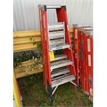 Step Ladders, 3', Qty 2, (Rigging & Loading: $25) (Located in Oelwein, IA)