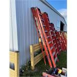 Ladder, 10', (Rigging & Loading: $25) (Located in Oelwein, IA)