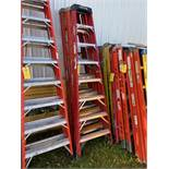 Ladder, 8', (Rigging & Loading: $25) (Located in Oelwein, IA)