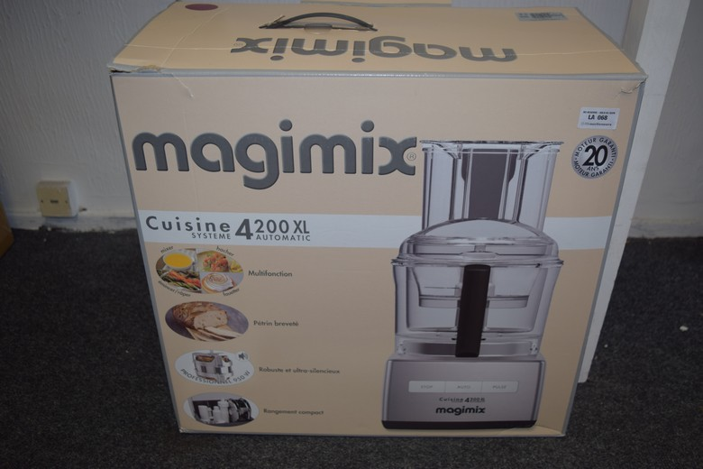1 x boxed magimix cuisine 4200 xl automatic mixer rrp 200. Black Bedroom Furniture Sets. Home Design Ideas