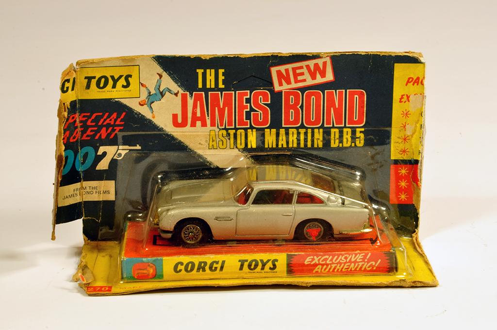 Lot 36 - Corgi No. 270 James Bond Aston DB5. NM to M in F to G Box.
