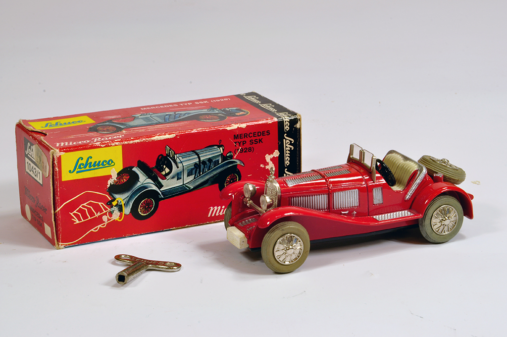 Lot 41 - Schuco Micro Racer 1043/1, Mercedes SSK in red. NM in G Box.