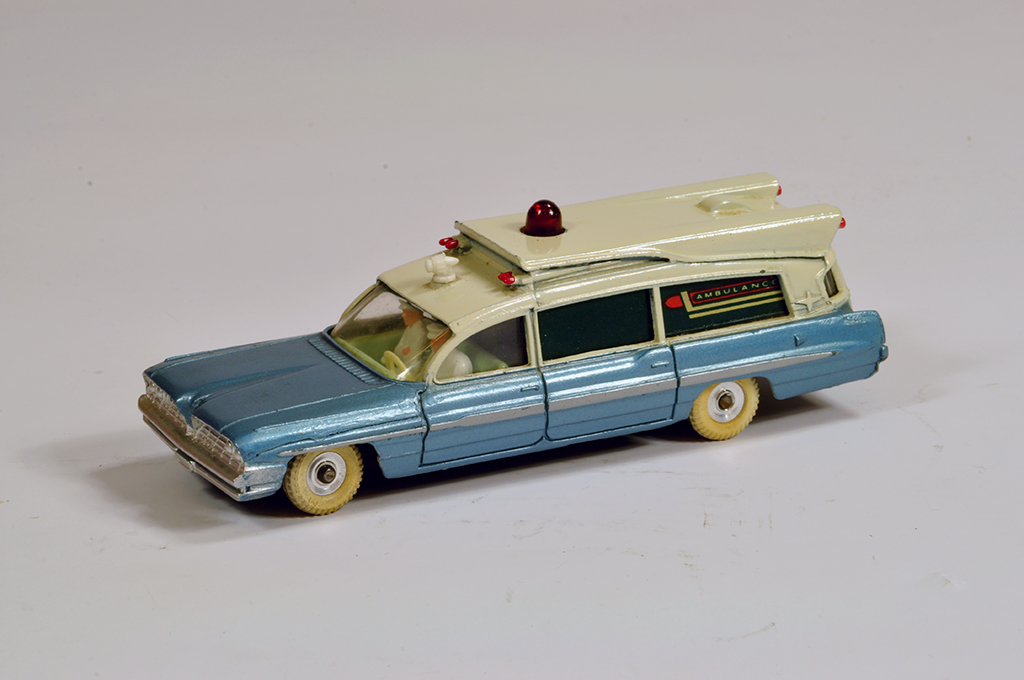 Lot 44 - Dinky No. 277 Superior Criterion Ambulance. E to NM.