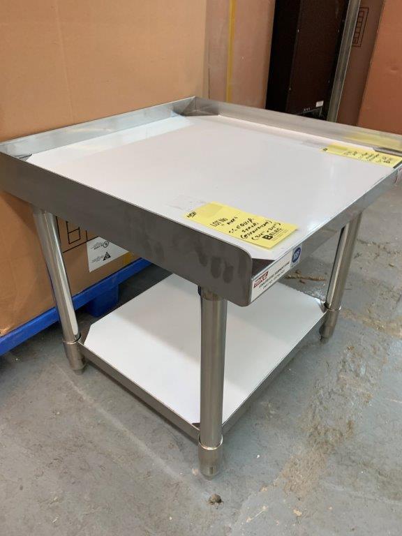"""Table base d'équipement MKE - NEUVE # SETAN 2424 - 24 X 24 """" - Image 2 of 2"""